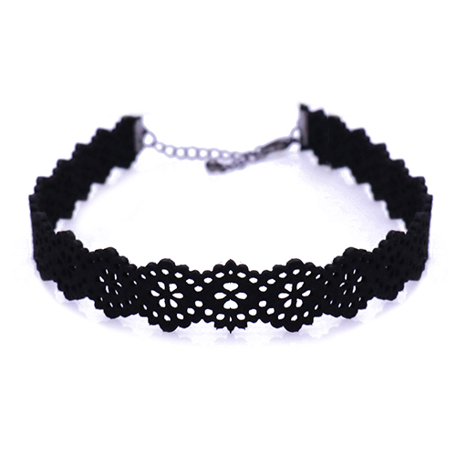 Leather Laced Chocker Necklace/레더 레이스 초커 목걸이